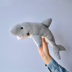 Great White Shark (Knitting patterns by Amanda Berry) Tags: shark sharks jaws white great grey knit knits knitted knitter knitters knitting make makers maker makes toys toy hobby hobbies craft crafts seas sea ocean oceans animals animal fish under water boys acrylic dk straight yarn hayfield sirdar ravelry amanda berry fluff fuzz design