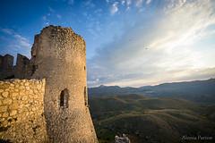 Alba a Rocca Calascio (Ciuschina) Tags: roccacalascio rocca abruzzo castle alba blu nuvole