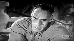 House of Horrors 1946 - Rondo Hatton as The Creeper 8732 (Brechtbug) Tags: house horrors 1946 film starring rondo hatton virginia grey metv horror movie host svengoolie rich koz monster movies creature feature films 2015 retro hosting theater theatre halloween comedy jokes mc me tv cable television cult favorite broadcast wacky creepy addams family esque type deejay dj broadcaster comic comedian stand up rubber chicken chickens throwing throwers throw screen grab screengrab