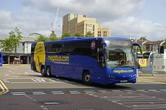 GLASGOW 250818 SP62CGV (SIMON A W BEESTON) Tags: glasgow sp62cgv volvo b13rt plaxton megabus fife 54120
