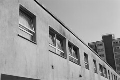 33A_00959 (Paco Mayoral) Tags: streetphoto film street blancoynegro blackandwhite bristol analogico abstract composition