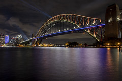 sydney harbour bridge (Greg Rohan) Tags: longexposure nightphotography nightnights lights laserbeams laser colour vivid sea water architecture sydneyharbourbridge sydneyharbour harbour bridge sydney australia d750 2018 nikon nikkor