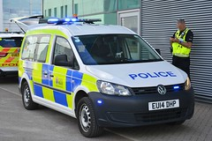 EU14 DHP (S11 AUN) Tags: essex police volkswagen vw caddy van dog section policedogs support unit response 999 emergency eu14dhp