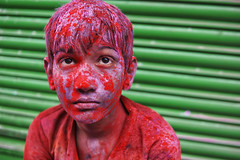 DSC07058 (alfieianni.com) Tags: holi holifestival festival india indian boys people reportage religion travel travelphotography traveling tradition color colors mathura vrindavan baldeo portrait photo kids children boy