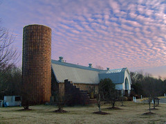 Barn at Dory Park (r.w.dawson) Tags: henricocounty virginia va park barn silo dorypark clouds