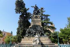 Vacances_5945 (Joanbrebo) Tags: segovia castillayleón españa es monumentoadaoízyvelarde estatua statue canoneos80d eosd efs1855mmf3556isstm autofocus monument monumento