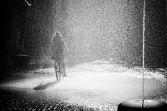I want to ride my bicycle (Black&Light Streetphotographie) Tags: monochrome mono menschen menschenbilder people personen portrait leute urban tiefenschärfe wow water wasser waterdrops wassertropfen dof depthoffield fullframe vollformat blackandwhite bw blackwhite bokeh bokehlicious blur sony streetshots streets streetshooting schwarzweis streetportrait street streetphotographie sonya7rii