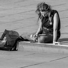 labour mobility (every pixel counts) Tags: 2018 berlin alexanderplatz capital city eu mitte bw everypixelcounts blackandwhite 11 mobiledevice smartphone cellularphone móvil people street girl mobile celular bag bolsa pavement day square woman summer tablet