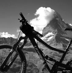 Autumn Riding in Zermatt Switzerland  (39) (Carl and Sian) Tags: sian carlandsian cycling singletrack sianandcarl skiing mountainbiking mountainbike mountainbikes orangemountainbikes