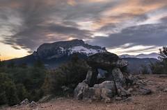 Dolmen de Tella (cimanorte) Tags: pirineo pirineos pyrenees montaña mountains culture aventura adventure lifestyle trekking turismo paisaje landscape landscapephotography naturaleza nature cultura turism sobrarbe