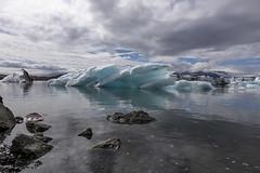 Jökulsárlón (Stephen P. Johnson) Tags: southcoast iceland places skaftafell jokulsarlon ice icebergs glacier water