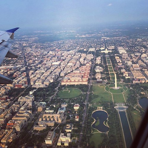 Also, my new DC office is in this photo. So is the Capitol. So is the Washington Monument. So is the Smithsonian and the National Mall. So is the White House. My life is weird. #latergram #avgeek #washingtondc