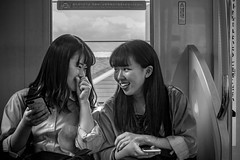 © Zoltan Papdi 2018-3582 (Papdi Zoltan Silvester) Tags: women japon japan tokyo réel rue vie gens humain voyage journalisme real street life people human trip journalism paysage vue pointdevue landscape view pointofview groupe group shinjuku subway métro transport