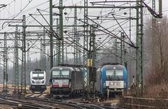 115_2018_03_22_Hamburg_Harburg_6187_311_Rpool_1216_910_BOXX_mit_6193_614_DISPO_Lz_Süden_LTE_6193_882 (ruhrpott.sprinter) Tags: ruhrpott sprinter deutschland germany allmangne nrw ruhrgebiet gelsenkirchen lokomotive locomotives eisenbahn railroad rail zug train reisezug passenger güter cargo freight fret hamburg harburg boxx brll ctd db dispo egp ell eloc hctor locon lte me mteg nrail öbb pkpc press rhc sbbc slg vps wiebe wlc 1203 1214 1216 1223 3294 4180 5370 5401 6101 6110 6143 6146 6152 6182 6186 6187 6193 es64u2 logo natur graffiti