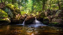 Un petit coin de paradis (S@ndrine Néel) Tags: valléedechorsin montbrison loire sauvain auvergnerhônealpes waterfall néelsandrine