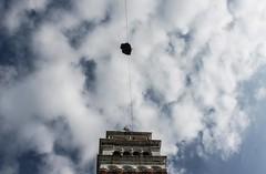 Il volo dell'angelo, Venezia (ρberta) Tags: venezia carnevale campanile san marco volo angelo