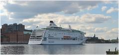 Djurgården - Stockholm (lagergrenjan) Tags: djurgården stockholm birka kryssningsfartyg