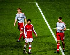 Kuyt, Denilson, and Gerrard (SentiuntPhotography) Tags: football premierleague championsleague uefa sports player stadium arsenal liverpool afc lfc kuyt denilson gerrard