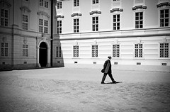 Incognito (CoolMcFlash) Tags: canon eos 60d person candid street streetphotography man bnw bw blackandwhite monochrome building walking mann sw schwarzweis gehen fotografie photography sigma 1020mm 35