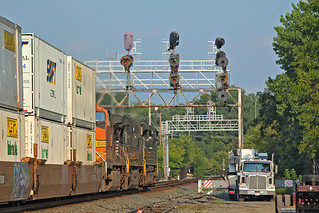 NS Stacker at CP 232 in Huron