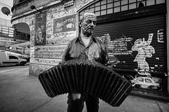 DSC_0500LR (Charly Amato) Tags: buenosaires argentina argentine nikon d5500 sigma 1020 abasto elabasto shopping mercado tango gardel piazzola bandoneon musica music monocromático monocromo blackandwhite blancoynegro bw bn
