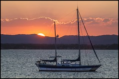 The Sun is about to disappair on Deception Bay= (Sheba_Also 43,000 photos) Tags: the sun is about disappair deception bay