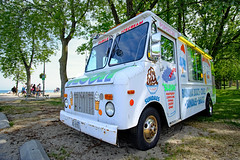 Ice Cream Truck (exposphotography) Tags: ice cream truck oshawa ontario lake lakeshore beach slush sundaes banana boat cone expos exposphotography fuji fujifilm xt20 wide angle lens