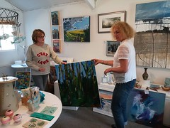 A great day at the beautiful Green Tree Gallery @GreenTreeGall dropping off my work & meeting with the lovely Sam & Jill who run the place 😊 It's based in #Sussex, in gorgeous, peaceful surroundings – with so much to see and do! #GreenTreeGallery #H (www.mahliaamatina.com) Tags: abstract art relaxing mindful vibrant painting painter artist colourist nepal impressionism abstraction notional occult philosophical profound recondite separate existential healing magic