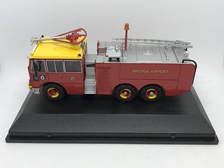 Oxford - Oxford Fire -  Thornycroft Nubian Major - ARFF - Bristol Airport Fire Service - Miniature Diecast Metal Scale Model Emergency Services Vehicle