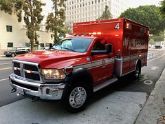 Los Angeles Fire (Squad 37) Tags: lafd fire ambulance ems paramedic chrysler fiat ram