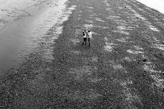 IMG_3559 (JetBlakInk) Tags: mono couple lovers minimalism landscape candidportrait beach embankment riverthames streetphotography pov