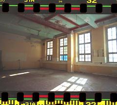 Urban Life (Hf-Photo) Tags: urban abandonedplaces analog analogfeatures analogcommunity analogue filmphotographer filmshooters filmcommunity