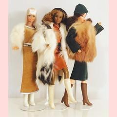 Barbie beauty secrets 1979 • Christie golden dream 1980 & barbie Irish dolls of the world 1983 in Alta moda pellicce e capi in pelle Fashions (simone.cacciatore) Tags: superstarera superstar abitiinpelle pelle pellicce altamoda world dollsoftheworld irish christiegoldendream 1980 goldendream 1979 beautysecrets steffiemold whitney pj christie barbie