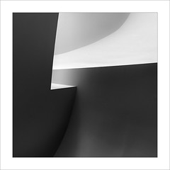 Gugg II (ximo rosell) Tags: bn bw buildings llum luz light arquitectura architecture abstract abstracció squares minimal ombres spain geometría guggenheim bilbao ximorosell
