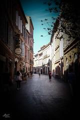 Toulouse début septembre (bataillou31) Tags: ville toulouse rue maison habitation garonne riviere eau ciel soleil monument chaleur city