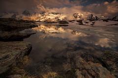 Dernières lumières sur la Meije (Daniel Paravisini) Tags: meije hautesalpes alps frenchalps summit hiking lake light