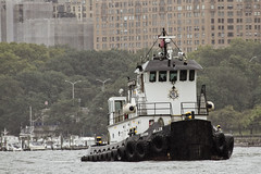 r_180909138_beat0075_a (Mitch Waxman) Tags: 2018greatnorthrivertugboatrace hudsonriver manhattan tugboat workingharborcommittee newyork