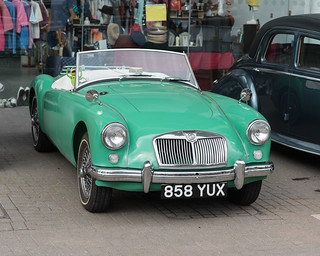 MG in green