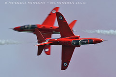 8573 Synchro (photozone72) Tags: eastbourne airshows aircraft airshow aviation canon canon7dmk2 canon100400f4556lii 7dmk2 raf rafat redarrows reds redwhiteblue synchro