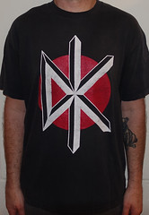 #3096A Dead Kennedys - Classic DK Logo (Minor Thread) Tags: minorthread tshirtwars tshirt shirt vintage rock concert tour merch black punk deadkennedys winstonsmith art logo classic