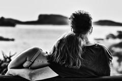Face à la mer... (JM@MC) Tags: couple love sea blackandwhite noiretblanc marseille j2mcphotographie bench banc