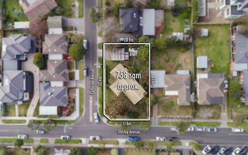 74 Stanley Av, Mount Waverley VIC 3149
