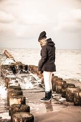 Ahrenshoop (Oli_21) Tags: ostsee ahrenshoop gummistiefel meer balticsea sonnenuntergang wellenbrecher strand küste norddeutschland mecklenburg dars sunset beach sea ocean sky sand water people