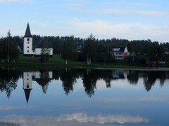 church (helena.e) Tags: helenae norrland semester husbil rv motorhome vuollerim vacation church kyrka kyrktjärn vatten water reflection