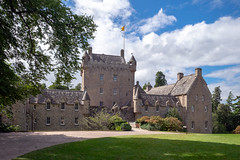 bei Lady Chatterley (wolf238) Tags: castle schloss schottland scotland cawdorcastle