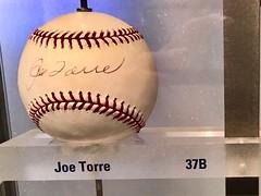 #JoeTorre #NewYorkYankees #YankeeStadium (Σταύρος) Tags: joetorrebaseball thebronx bronx highbridge souvenir yankeesmuseum baseballmuseum baseball joetorre newyorkyankees yankeestadium
