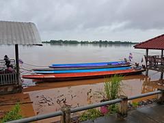 Boats on the Mekong in Phon Phisai 3 (SierraSunrise) Tags: boats esarn isaan mekong mekongriver nongkhai phonphisai rivers thailand transportation