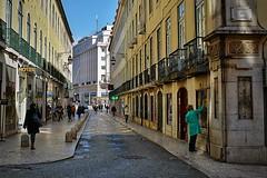 710_8423az (A. Neto) Tags: sigmadc18250macrohsmos sigma nikond7100 nikon d7100 copyrightcaneto color cityview street architecture people portugal lisboa lisbon