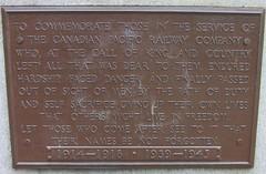 Canadian Pacific Railway War Memorial (Stabbur's Master) Tags: vancouver vancouverbc canada cpr cprwarmemorial canadianpacificrailwaywarmemorial memorial warmemorial angelofvictory coeurdelionmaccarthy britishcolumbia