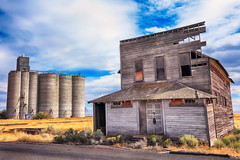 The Retired Purveyor (Ian Sane) Tags: ian sane images theretiredpurveyor abandoned mercantile building kent oregon semighost town grain elevator field architecture landscape photography canon eos 5ds r camera ef1740mm f4l usm lens